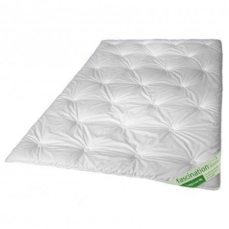 WALBURGA Fascination Vierjahreszeiten Bettdecke mit Tencel 155x220